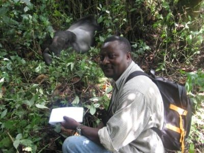 John-Kahekwa-With-Gorilla-in-KBNP_400x300_acf_cropped-400x300